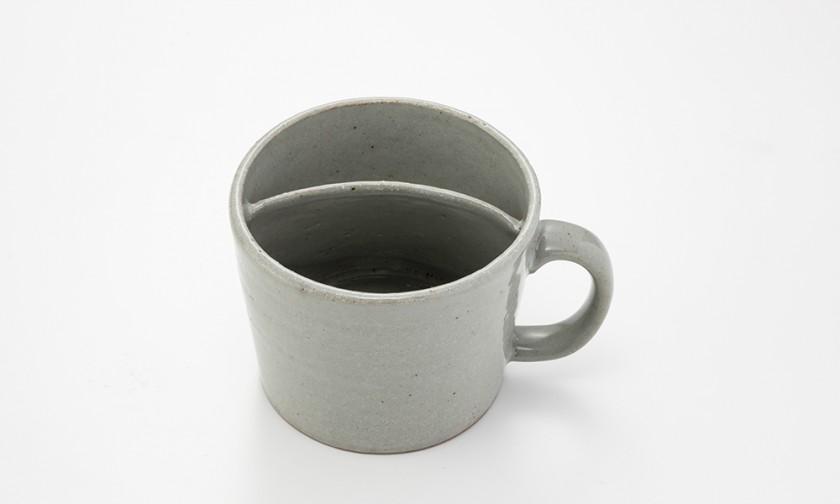 味わうカフェオレカップ